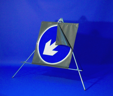 Quazar keep left/right arrow sign - 600mm